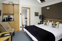 Cameron Room in adjacent byre with King-size bed, ensuite shower room & fridge
