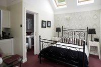 Lyndsay Room in adjacent byre with Double bed, ensuite shower room & fridge